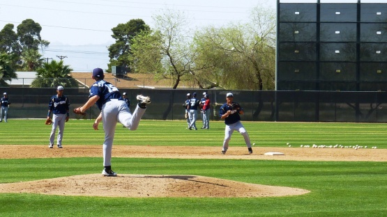 Eric Semmelhack makes a throw to second during a drill.
